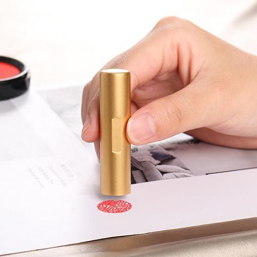 印鑑 チタン印鑑 作成 目印付き 銀行印 実印 作成 女性 男性 印影確認 チタン製 国産 はんこ  祝い 目印付きブラック・ ゴールドチタン 10.5-18mm ケース付き|dhlelephant30531|02