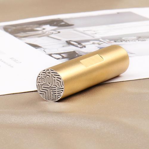 印鑑 チタン印鑑 作成 目印付き 銀行印 実印 作成 女性 男性 印影確認 チタン製 国産 はんこ  祝い 目印付きブラック・ ゴールドチタン 10.5-18mm ケース付き|dhlelephant30531|04