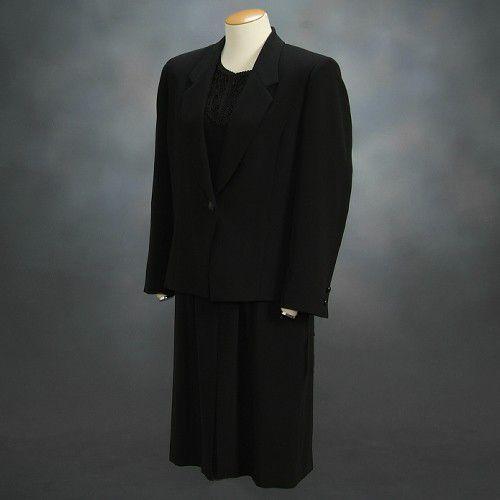ブラックフォーマルスーツ 喪服 礼服 アウトレット品 アンサンブル2点セット サイズ9号 日本製