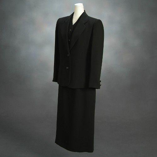 ブラックフォーマルスーツ 喪服 礼服 アウトレット品 スリーピースセット サイズ9号 日本製 NO684