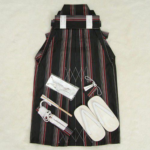七五三 着物 男児袴セット 黒地 赤シルバーストライプ 5歳用 60cm 七点セット へら付き