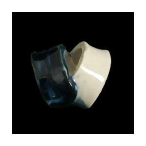 瀬戸赤津焼帯留め飾り 瀬戸物帯留シリーズ 陶器 紺 日本製 通常の帯〆でも使用可能な幅広通し使用