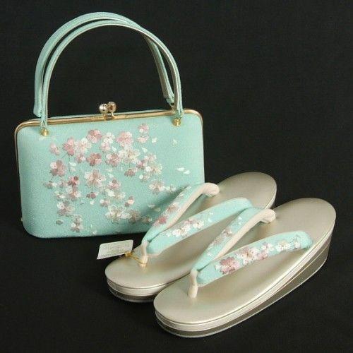 草履バックセット 振袖 訪問着 岩佐謹製 水色地 桜刺繍 三枚芯 フリーサイズ 滑り止め付き 日本製