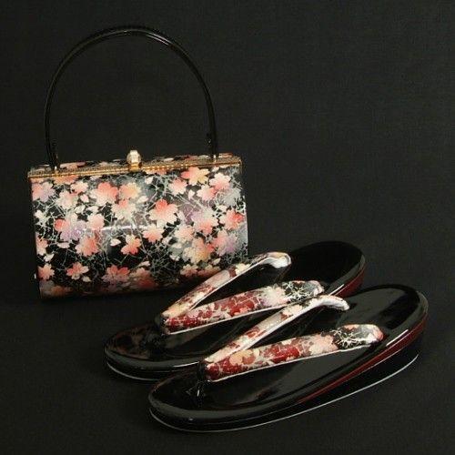 草履バックセット 振袖 訪問着 黒エンジ切替 桜柄 二枚芯 フリーサイズ 丸筒型バック 日本製