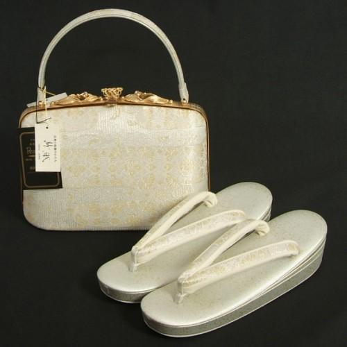 草履バッグセット 振袖 訪問着 留袖 紗織ブランド パールシルバー 有職ヱ霞文様 帯地 Mサイズ パールトーン加工 三枚芯 日本製