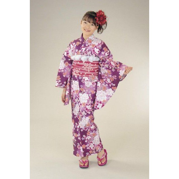 浴衣 ジュニアサイズ リョウコキクチブランドゆかた6点セット パープル 浴衣に結び帯、下駄、腰紐までついたセットです 150cm