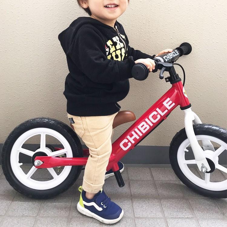 子供用ペダル無し自転車 12インチ キッズバイク 幼児用自転車 低床フレーム 12インチ CHIBICLE チビクル スタンド付き TOPONE トレーニングバイク  押し車 e-topone 02