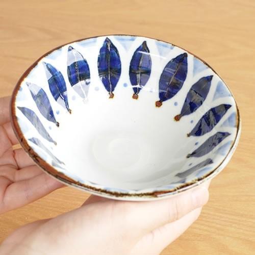 波佐見焼 HASAMI 翔芳窯 藍の器 小鉢 14cm 取鉢 取皿 深皿 ボウル 陶磁器 職人 手書き 軽量 軽い 薄い 日本製|favoritestyle|04