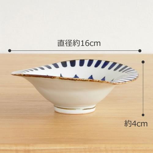 波佐見焼 HASAMI 翔芳窯 藍の器 変形中鉢 16cm 鉢 取鉢 取皿 深皿 ボウル 陶磁器 職人 手書き 軽量 軽い 薄い 日本製|favoritestyle|02