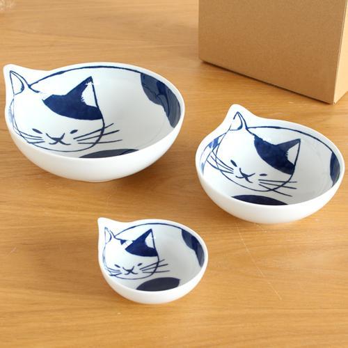 波佐見焼 Family neco鉢 ブチ 3枚 セット 箱入り 猫皿 ねこ皿 猫鉢 猫 深皿 ボウル どんぶり とんすい 小鉢 石丸陶芸 日本製 favoritestyle