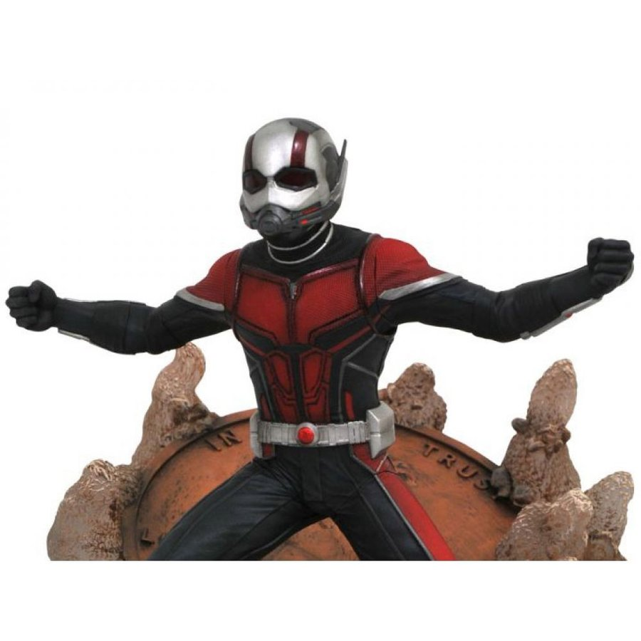MARVEL フィギュア Ant-Man and the Wasp Gallery Ant-Man Figure