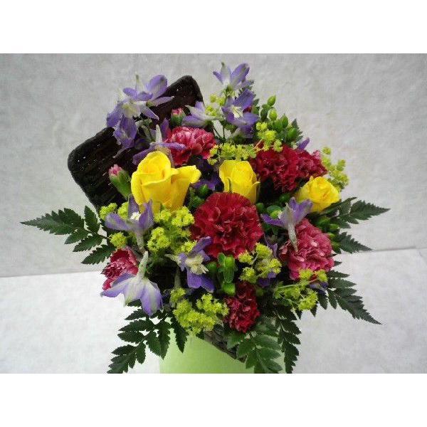 フタ付カゴのフラワーアレンジ flower-8729 02