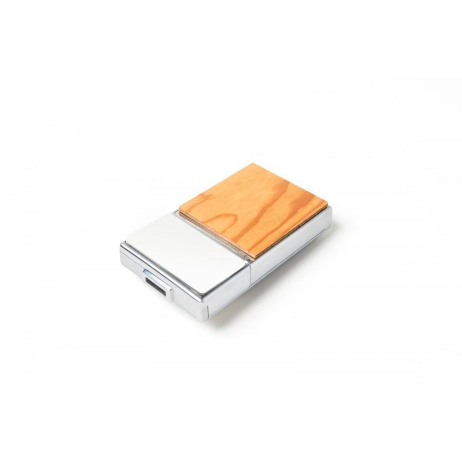 【蔦屋家電先行販売】sacai(サカイ) × Polaroid(ポラロイド) Originals SX-70限定モデル レッド|ftk-tsutayaelectrics|03