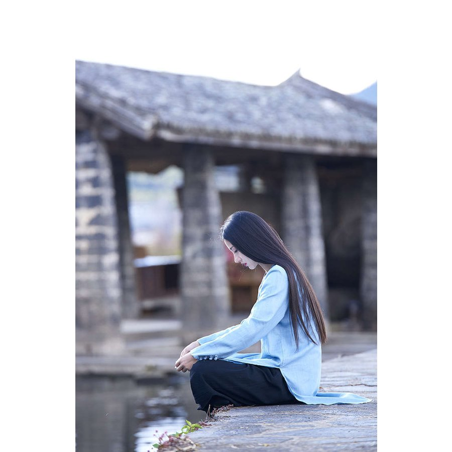tシャツ 長袖 秋新作 レディース ロングTシャツ ブラウス 綿麻 手作りボタン トップス チュニック ロング丈 体型カバー 着痩せ カジュアル 無地 シンプル|fukumarufukumaru|03