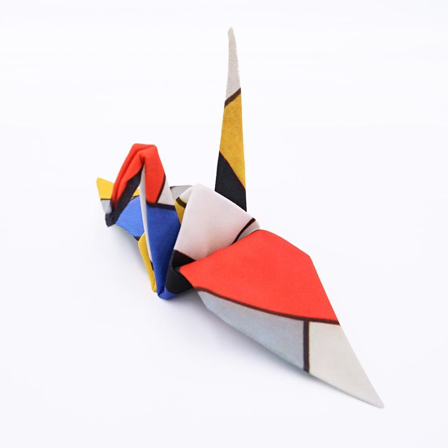 あの放り投げるだけで元通りになる折り鶴クリーニングクロスに、蔦屋書店別注世界の名画バージョンが登場