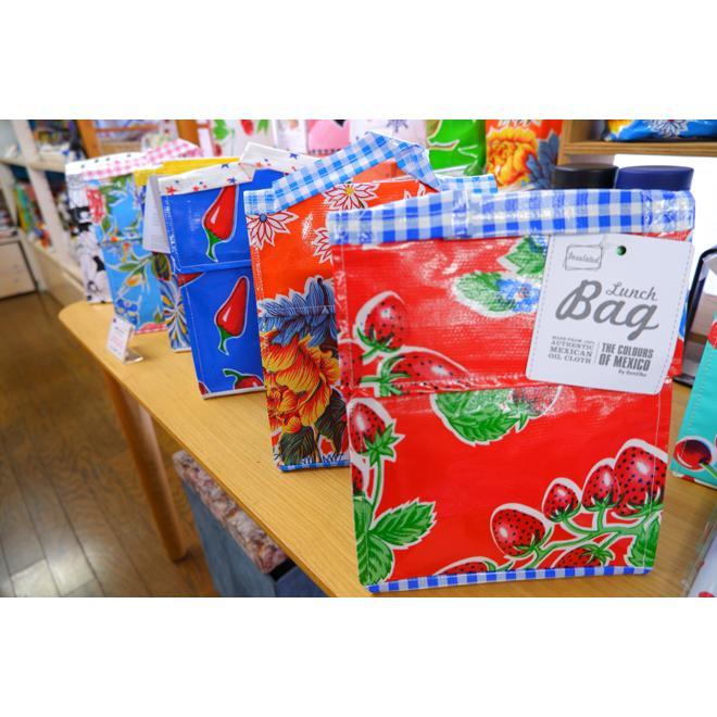 保冷機能付ランチバッグ 海外 オーストラリアのBenElke社製   持ち手もあり 素材が丈夫で水にも強い お弁当や食べ物を入れるのにぴったり |gift-trine-pro|04