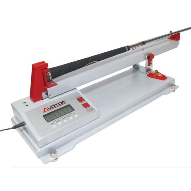 ゴルフメカニクス プロフェッショナル デジタル スウィングウェイト スケール (Golf Mechanix Professional Digital Swing Weight Scale) GM1048