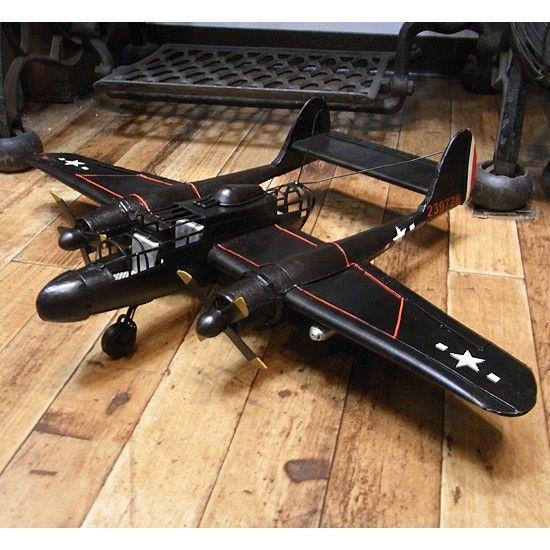ブリキのおもちゃ 飛行機 戦闘機