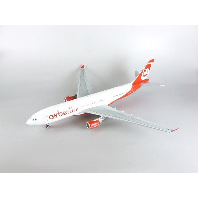 JC WINGS 1/200 A330-200 エアベルリン D-ALPA With Stand