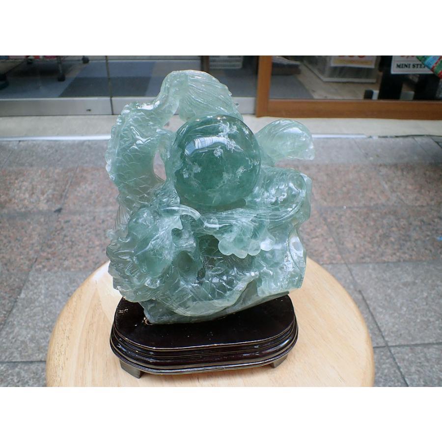 天然石_フローライト_龍の置物、4,053g_台座込(4,230g)