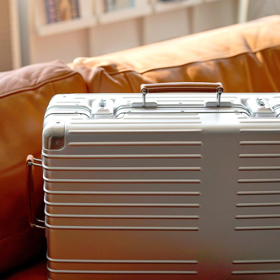 イノベーター スーツケース innovator inv1811 36L Sサイズ 機内持ち込みサイズ アルミキャリーケース アルミボデー 北欧 トラベル 送料無料 2年間保証|haloaboxart|12