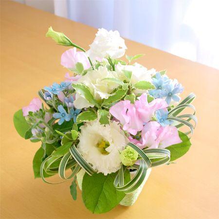 『スタンダード』写真たて付き 季節のお花のお供えアレンジメント  hana-mizuki 04