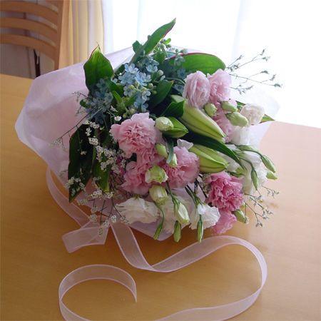 ピンクと水色のお供え花束 命日、お悔やみに|hana-mizuki|02