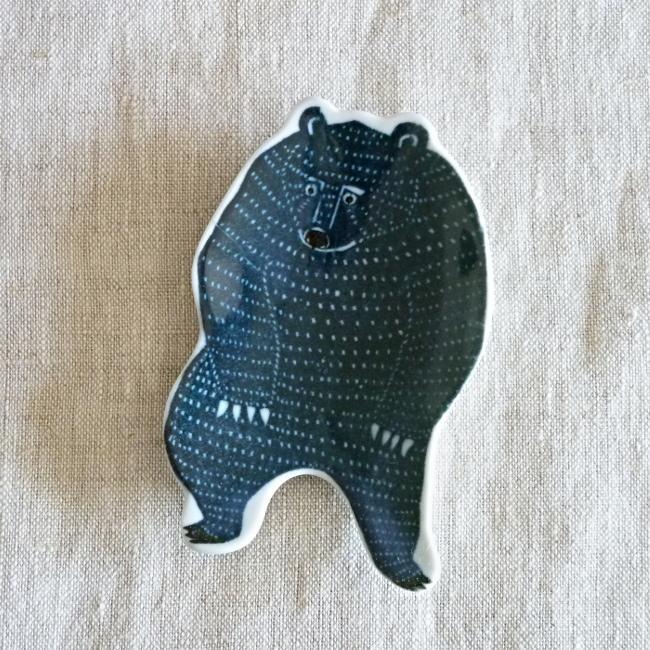 倉敷意匠 印判手 豆皿 KATA KATA クマ 94722-01 hanamomimo-zakkaten