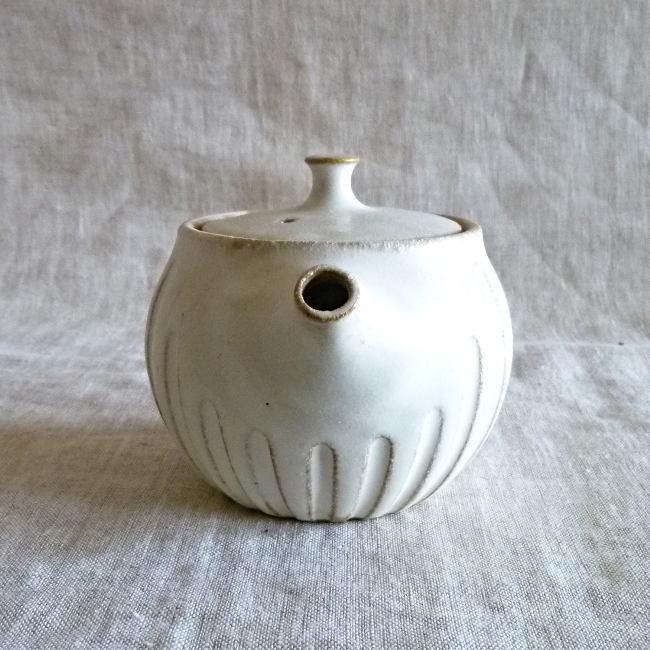 益子焼 わかさま陶芸 kinari キナリ まん丸ティーポット 小|hanamomimo-zakkaten|08