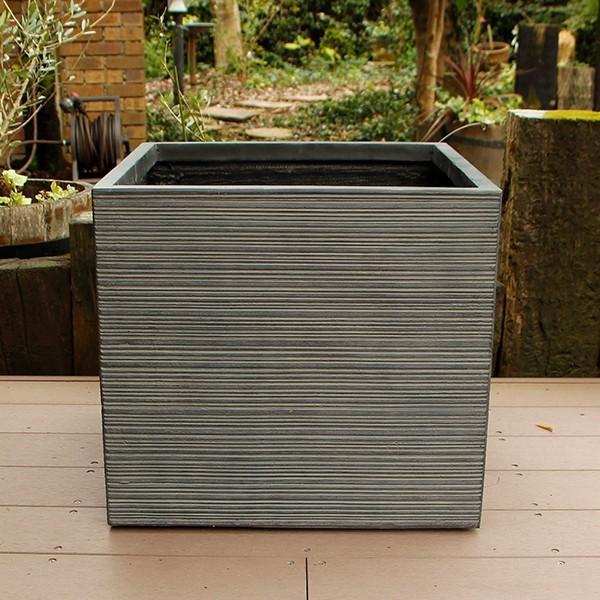 植木鉢 ファイバークレイ ストライプ 角型 50×46 日本未発売 セール価格 ブラック