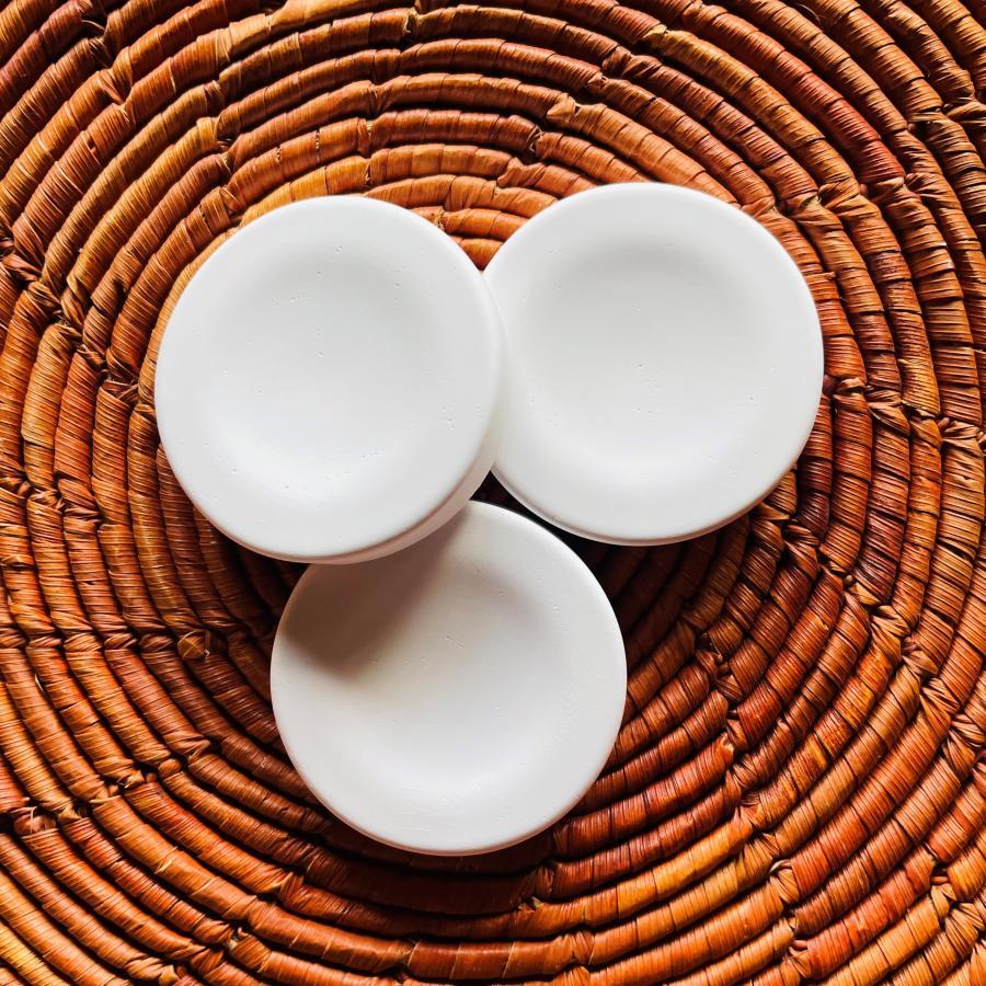アロマストーン 4個 アロマディフューザー アロマプレート 誕生日プレゼント プチギフト ヒマラヤンオーガニック 登場大人気アイテム ヒノキキューブ ひのき 品質保証