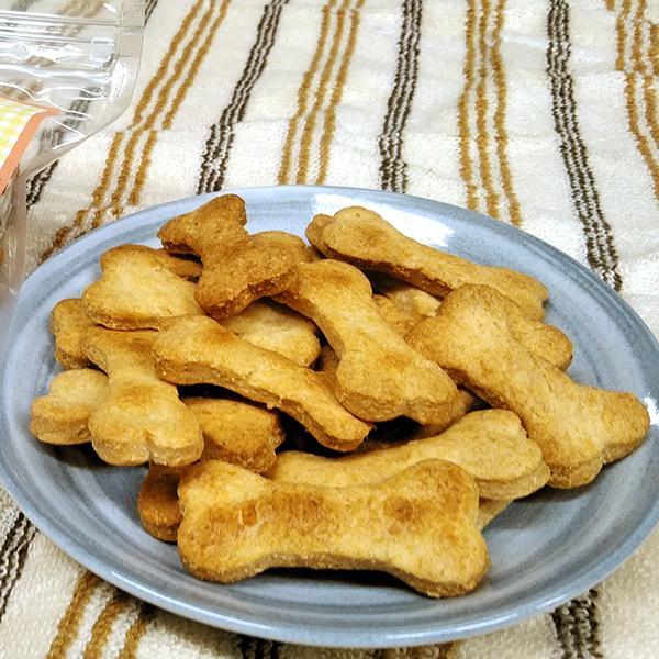 犬用チーズおからクッキー 70g 犬用おやつ 犬のオヤツ おから 北海道産小麦 イタリア製オリーブオイル ニュージーランド産パルメザンチーズ|hope-kobo|02