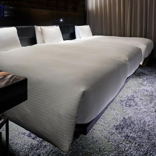 ホテル仕様★本物の一流ホテルの羽毛ベッドカバー デュベタイプ Q1(ワイドダブル)サイズ