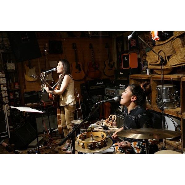 吉村瞳 / 2015.04.24 live at 大阪べガーズ・バンケット /ホイホイレコード オリジナル|hoyhoy-records|02