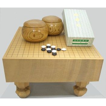 囲碁セット 新桂4寸足付碁盤竹と蛤碁石徳用28号と手作木製碁笥栗大