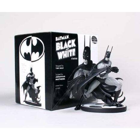 Batman (バットマン) : 黒 & 白い Mini-Statue Designed by Tim Sale フィギュア おもちゃ 人形