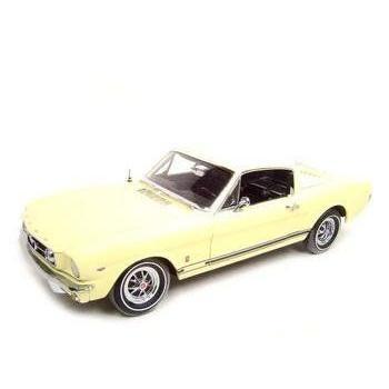1965 Ford フォード Mustang マスタング Gt 2+2 Fastback 1:18 Ertl Authentics Modelミニカー モデルカ