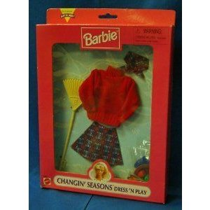 Barbie(バービー) Autumn Changin' Seasons Dress'N Play- 赤 Sweater and Skirt Outfit (1997) ドール
