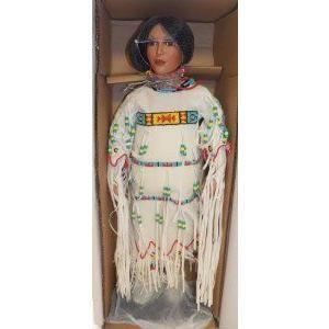 白い Dove 26 Inch Indian Porcelain Doll 限定品 (限定品) - Timeless Collection ドール 人形 フィギ