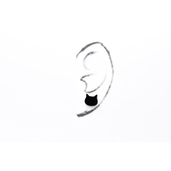 白猫顔と黒猫顔のシンプルピアス/イヤリング ハンドメイド おしゃれ 猫 グッズ 雑貨 女性 日本製  バレンタイン ホワイトデー ギフト プレゼント 誕生日 犬屋 inuya 03