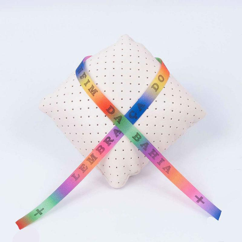 ボンフィン リボン 価格 虹色 発売モデル テープ レインボー