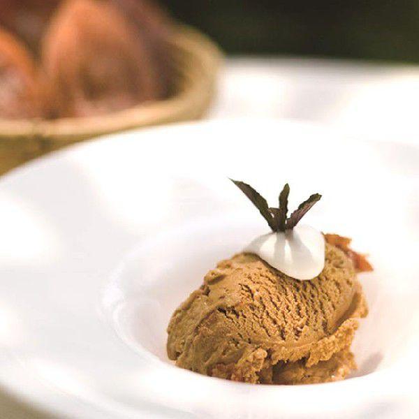 里山のオーベルジュ薪の音の「ラム酒につけた干し柿のアイス」 6個セット (1個100ml)  *送料込 *冷凍|ittoumono