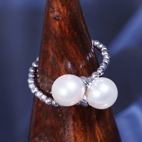 【大特価!!】 18金ホワイトゴールド あこや真珠デザインリング (形状記憶機能付き)(Sサイズ) 6月誕生石, 若柳町 b5dd03ff
