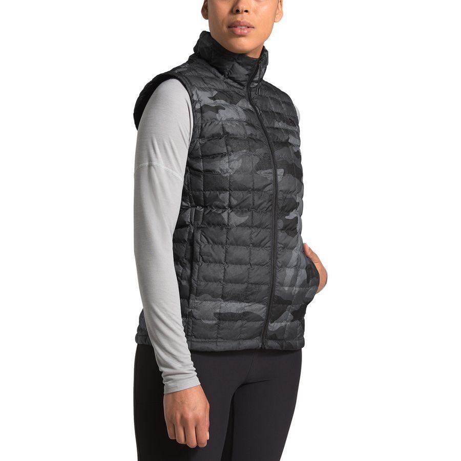 (取寄)ノースフェイス レディース サーモボール エコ インサレーテッド ベスト The North Face Women Thermoball Eco Insulated Vest Tnf Black Waxed Camo