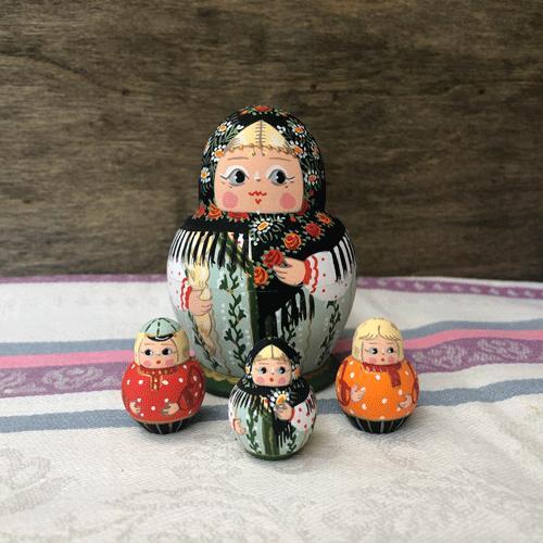 マトリョーシカ オリガ・ダリア 20|johnnyjumpup