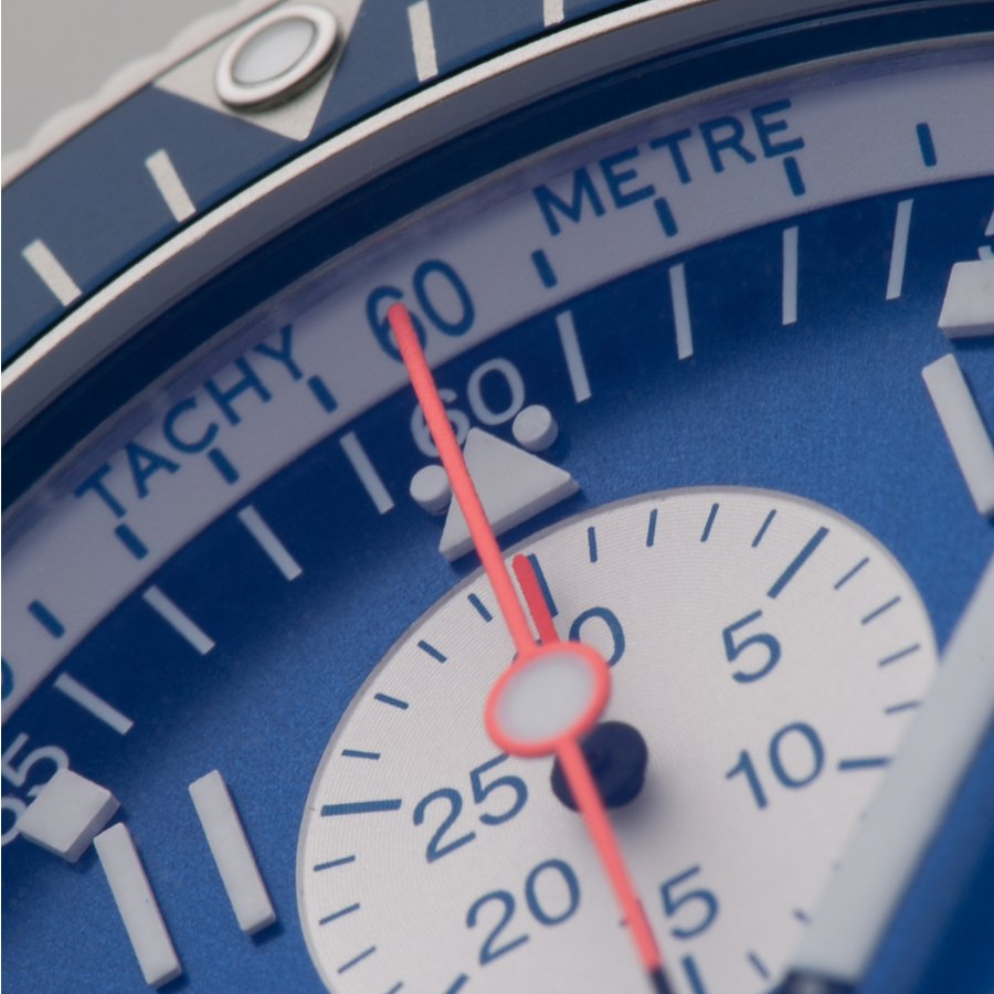 フォルティス オフィシャル・コスモノート・クロノグラフ 638ブルーインパルス Ref.638.10.11M.BI 航空ファン監修のブルーインパルスカレンダー付|kamashima|02