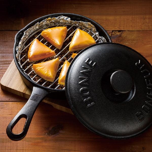 スキレット フライパン片手鉄鍋 18cm IH対応 鉄鋳物製 2点セット 蓋付き 網付き カバーセット|kanaemina|05