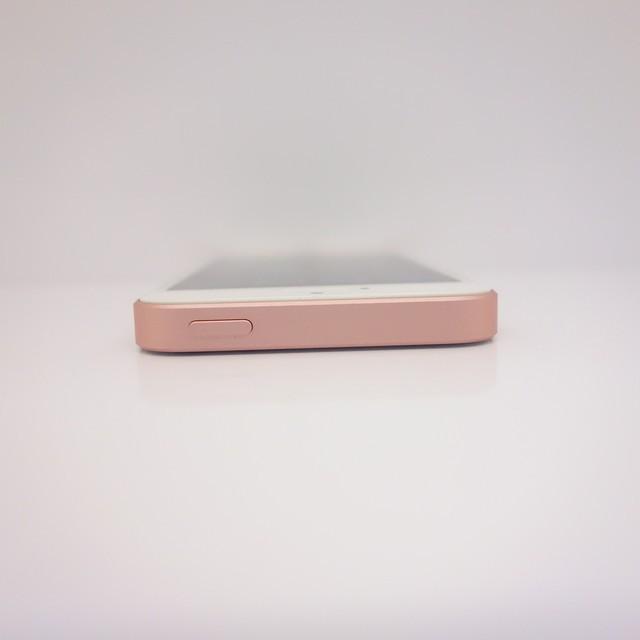 f68d416e95 iPhone SE SIMフリー 格安SIM利用可 16GB A1662 ピンク ローズゴールド ...
