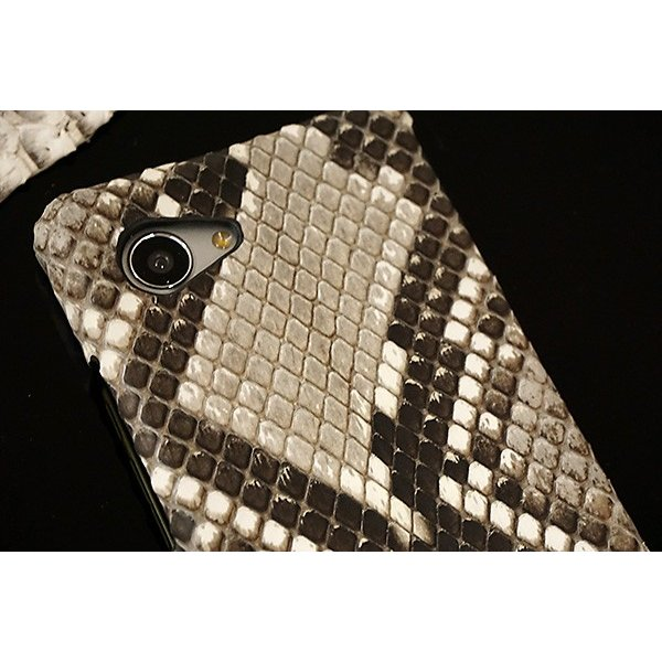 ヘビ革 スマホケース 全機種対応 ダイヤモンドパイソン 本革 iPhone12 Pro Max iPhone12 mini iPhone SE2 iPhone11 アクオスセンス2 カバー メール便送料無料|keitaijiman|02
