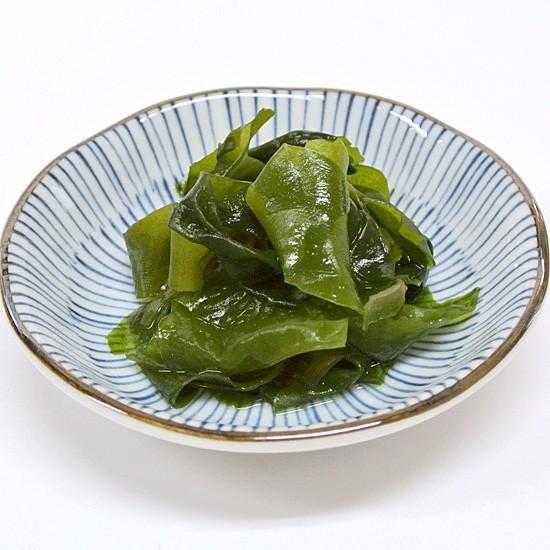 ケンコウかいそうjpの【乾燥カットわかめ 九州天草産】旨みがギュッと詰まったカットわかめです。ひとつまみ入れるだけで料理を引き立てます!|kenkou-kaisou|02